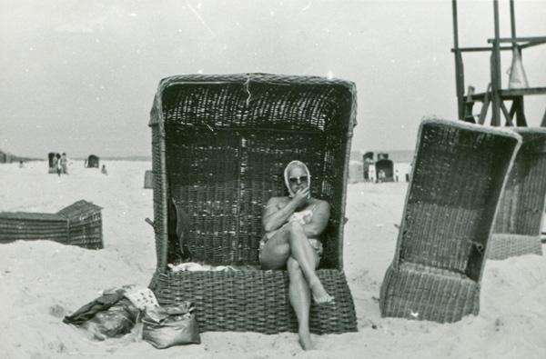 Modern suntan lotions for sun protection