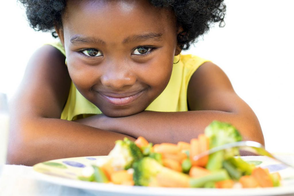 girl eating healthy